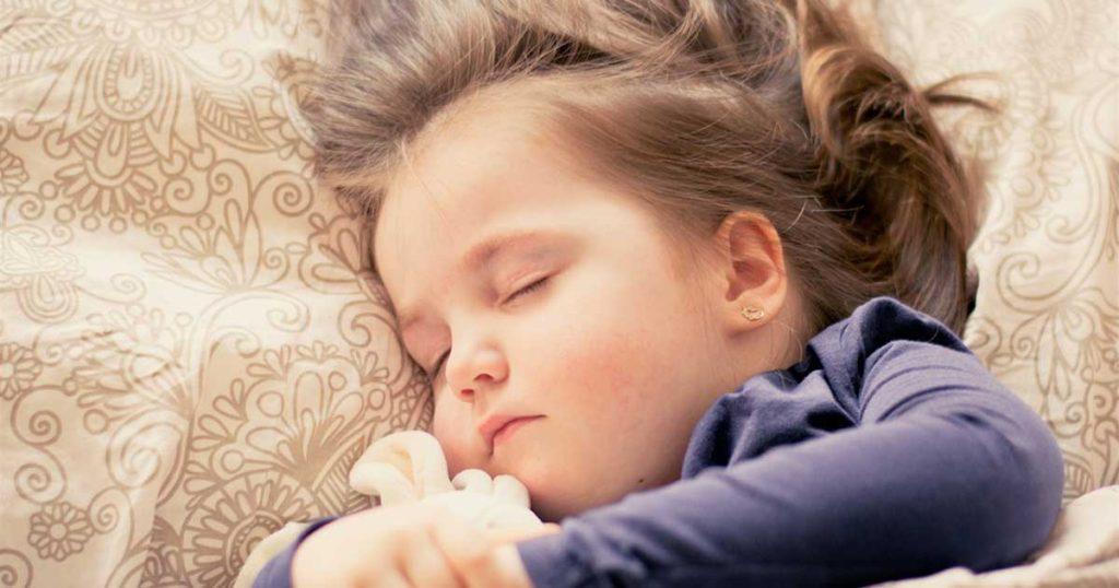 少女の眠り